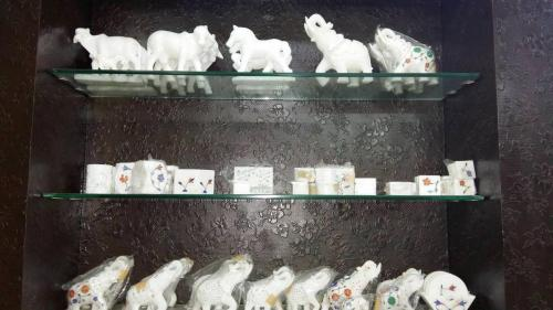 Handicraft Items at Best Price in Udaipur (14)
